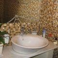Мозаика – необычная облицовка для ванной комнаты