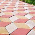 Тротуарная плитка в оформлении участка: плюсы, этапы укладки