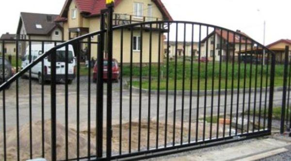Рекомендации по самостоятельной установке откатных ворот