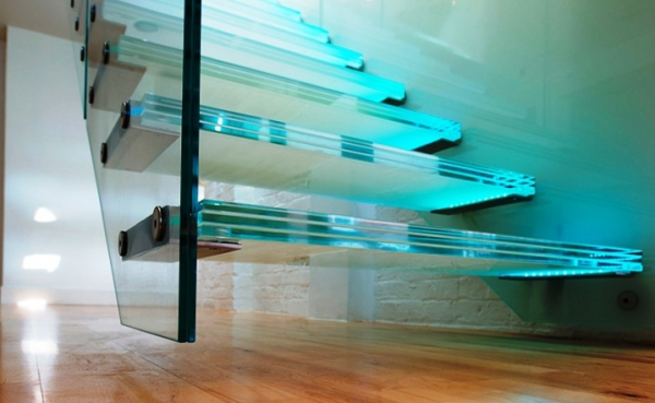 Использование стеклянных конструкций в современном интерьере