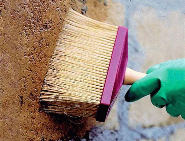 Грунтовка по бетону для внутренних и наружных работ