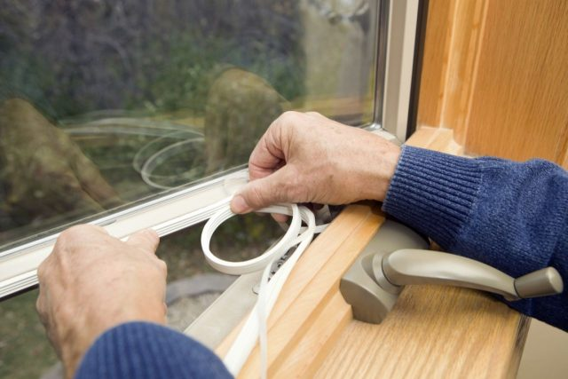 Как правильно утеплить пластиковые окна