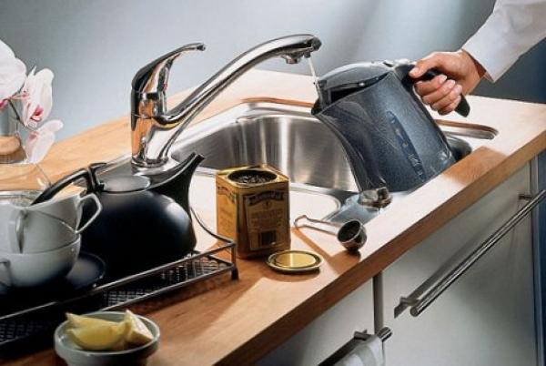 Современный смеситель для кухни: основы выбора