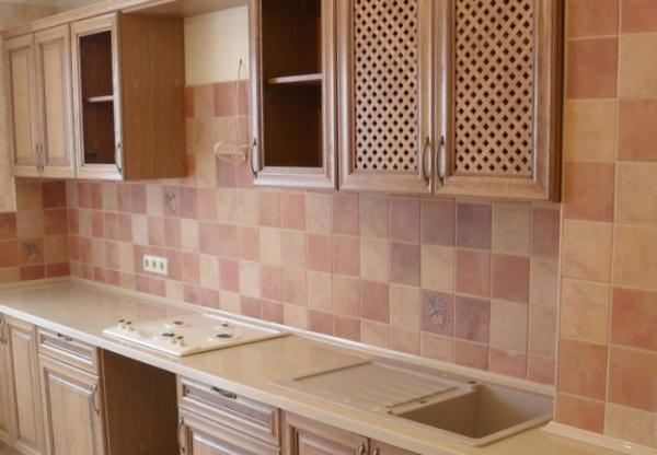 Как подобрать плитку для отделки кухни