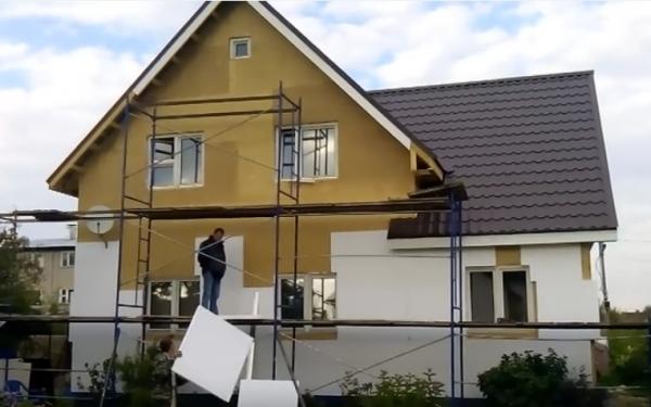 Утепляем фасад при помощи пенопласта