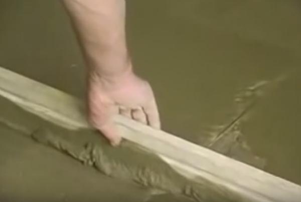 Мокрая стяжка пола и материалы, из которых она делается
