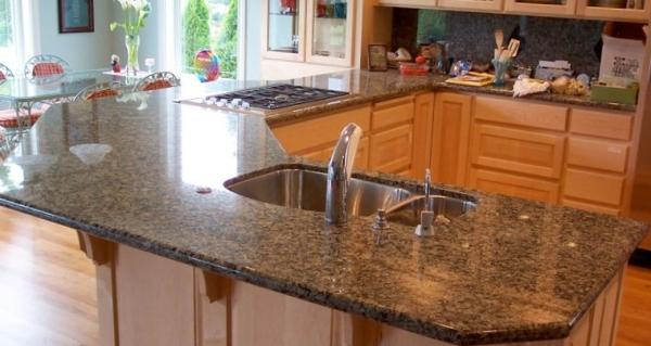 Столешницы из натурального камня для кухонных гарнитуров