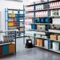 Металлические стеллажи – не роскошь, а удобное средство для хранения продукции. Критерии выбора