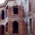 Устранение высолов на кирпичных зданиях. Эффективная защита кирпича от высола