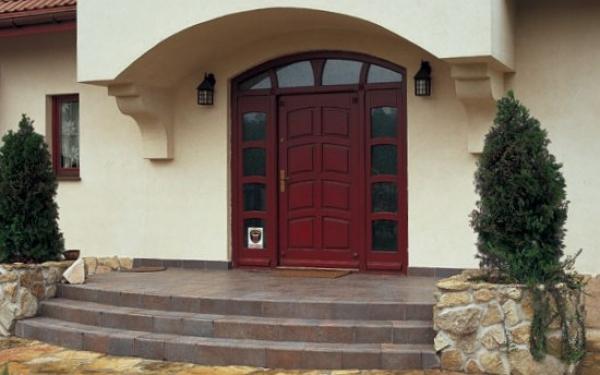 Безопасность прежде всего: покупка входных дверей