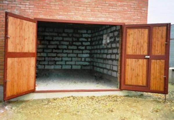 Как сделать гаражные ворота самостоятельно. Выбор типа, советы от профессионала.