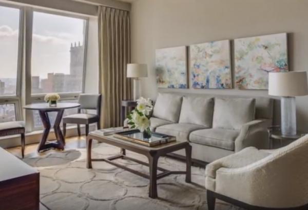 Как оформить интерьер маленькой гостиной
