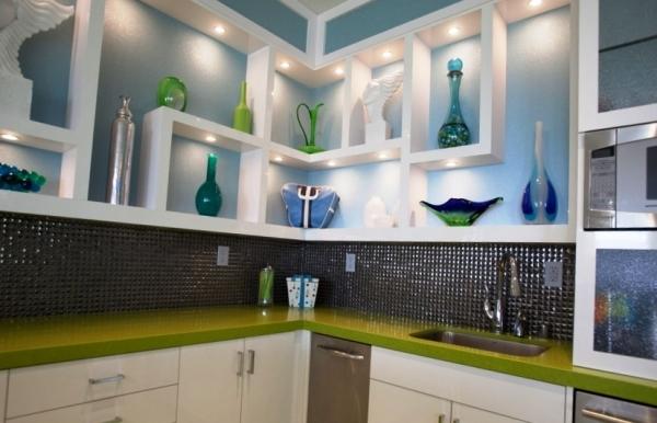 Полки - удобный и современный вариант хранения на кухне