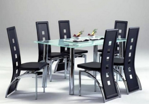 Какие преимущества у мебели из металла