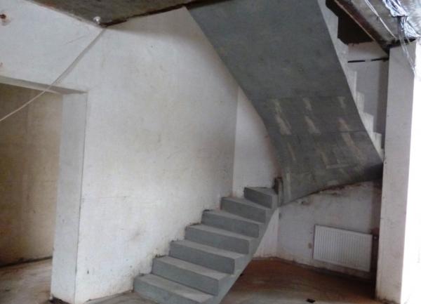 Лестница для дома:нюансы правильного выбора