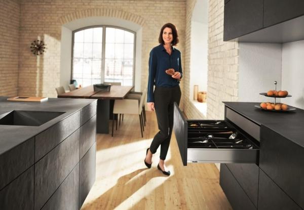 Советы по выбору кухонь: материалы, производители и комплектация