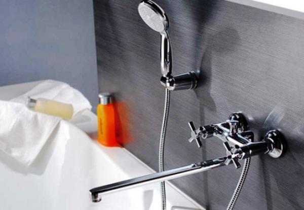 Как выбрать самый подходящий смеситель для ванной