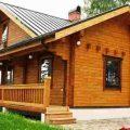 Деревянные дома из клееного бруса: преимущества и недостатки