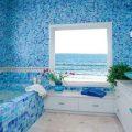 Облицовка ванной комнаты плиткой, фото вариантов отделки