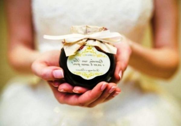 Оригинальный подарок на свадьбу: как выбрать, советы и рекомендации