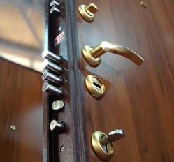 Как выбрать стальную дверь в квартиру или дом - Советы