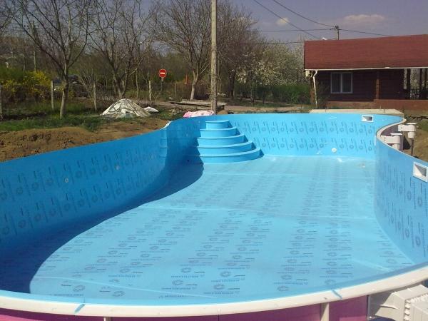 Процесс изготовления бассейна полипропилена, его установка и способы эксплуатации