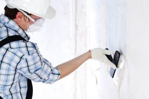 Зачем и чем лучше шпаклевать стены кирпичные: сколько стоит