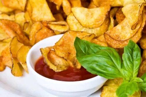 Домашние картофельные чипсы: рецепт для духовки