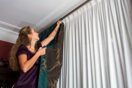 Как стирать и гладить тюль? При какой температуре
