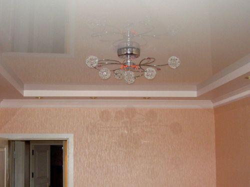 Люстры для очень низких потолков - особенности форм и конструкций