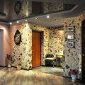Как отделать коридор в квартире или доме