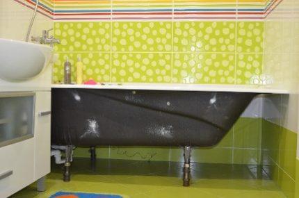 Экран под ванну из плитки: способы, инструкция по устройству