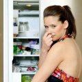 Запах из холодильника как убрать