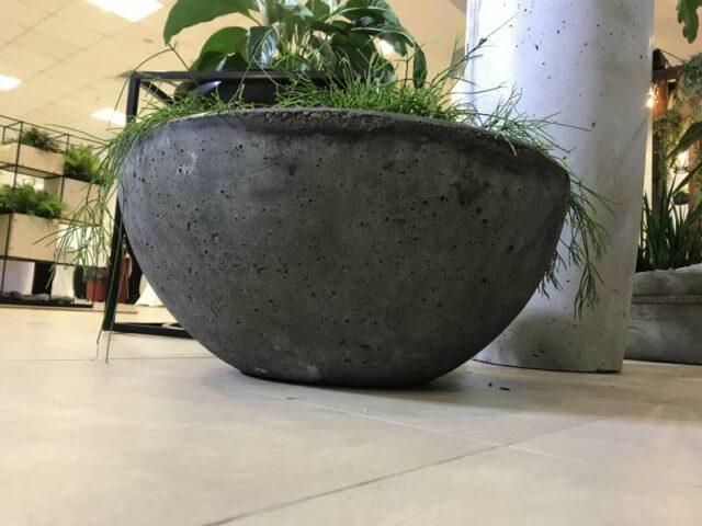 бетонных кашпо